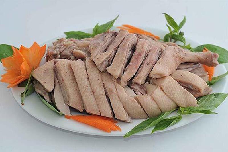 NGỠ NGÀNG Ăn thịt vịt luộc có béo không? Giải thích từ chuyên gia