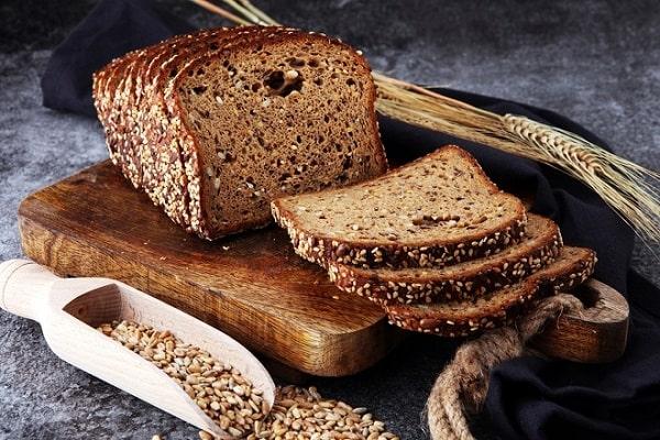Cách làm bánh mì đen giảm cân tại nhà hiệu quả nhất bạn đã thử chưa?