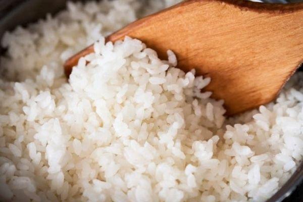Giải đáp ăn cơm trắng nhiều có mập không và một bá có bao nhiêu calo?